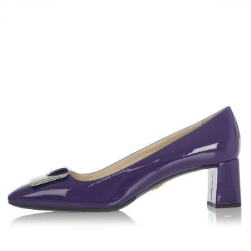 Patent Leather Decollette