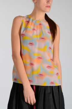 Silk LIPS Top