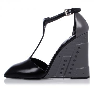 Rubber Heel Wedges