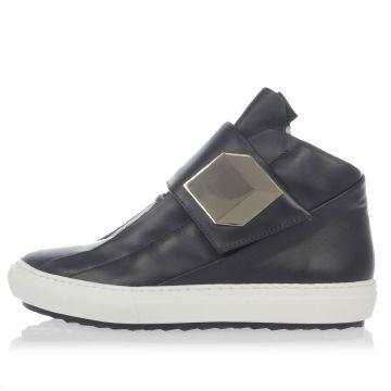 Sneakers in Pelle con dettagli Dorati