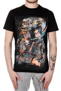 T-Shirt con Stampa Samurai e Dragone