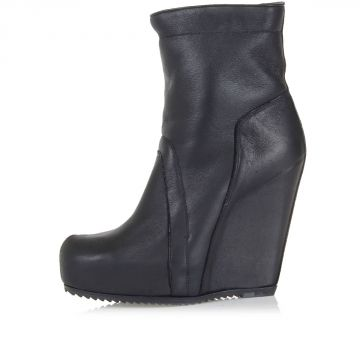 Leather PULL ON Wedge Boot