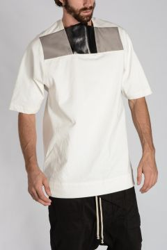 PLACKET T-SHIRT with Leather Details MILK/BLACK