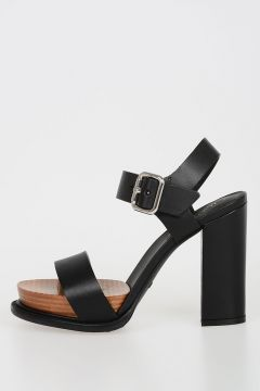 Leather Sandals with Plateau