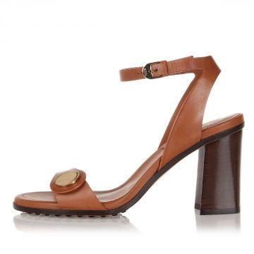 Sandalo in Pelle con Bottone con Tacco 8 cm