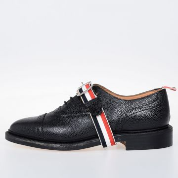 Stringate Oxford in Pelle
