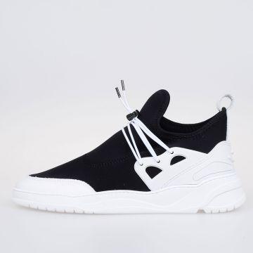 ASTRO RUNNER Sneakers