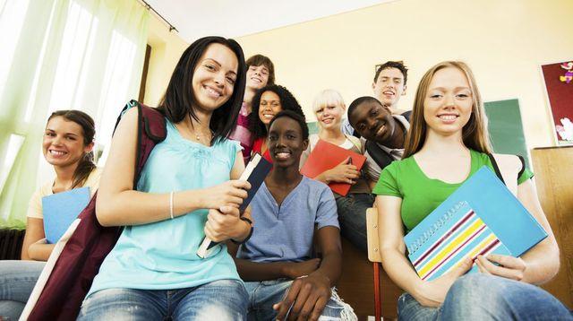 Jeunes emploi banlieue travail 4540518
