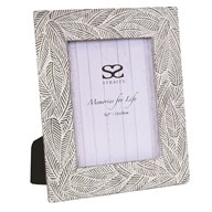 Leaf Photo Frame Grey 5x7""