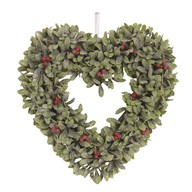 Leaf & Berry Heart Wreath 34cm