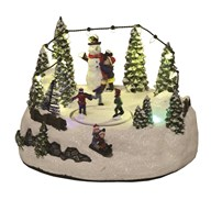 LED Christmas Skaters Scene 22cm