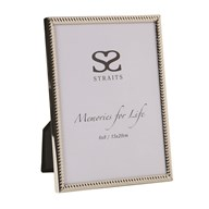 Silver Ribbed Photoframe 6x8""
