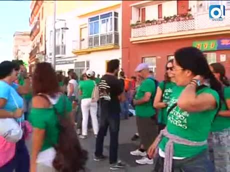 Marea Verde marcha a Cádiz contra el cierre de la Escuela Nuestra Señora del Carmen
