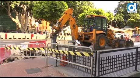 Los malagueños dudan del metro con las obras ya en la Alameda Principal