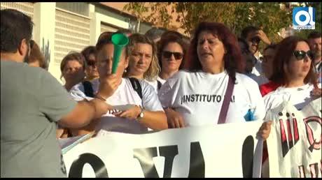Padres y vecinos de Teatinos, de nuevo en la calle para reclamar el prometido instituto