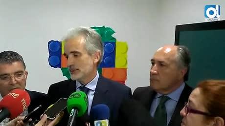 La Junta dice que no hay pediatras ni oncólogos parados en España
