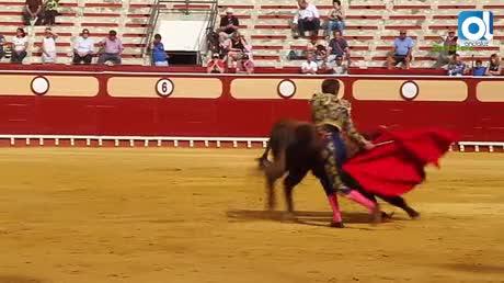 Oreja para David de Miranda y cornada para Morilla en la Plaza Real