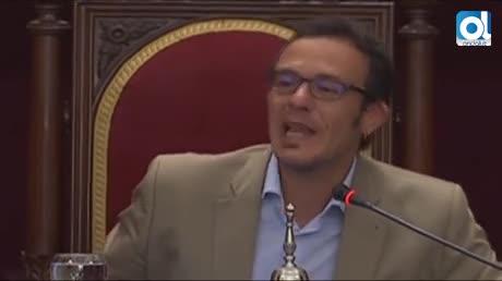 """El alcalde de Cádiz a José Blas (PP): """"Firme el bono social"""""""