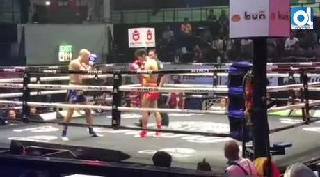Carlos Coello vence por KO al tailandés Tongsalay