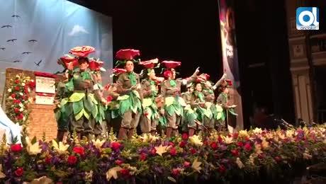 El Cervantes se viste de gala para recibir a los carnavaleros