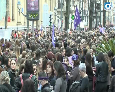 Marchas y concentraciones feministas toman las ciudades españolas
