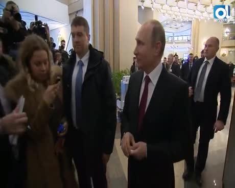 Putin logra el 76,67 % de los votos en presidenciales