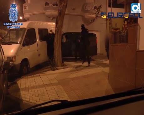 Detenido el marido de una de las yihadistas más buscadas de Europa