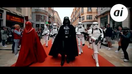 Las tropas de Stars Wars desfilan para difundir la donación de médula