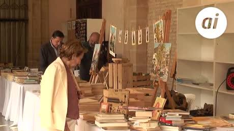 Los Claustros acogen la Feria del Libro hasta este domingo