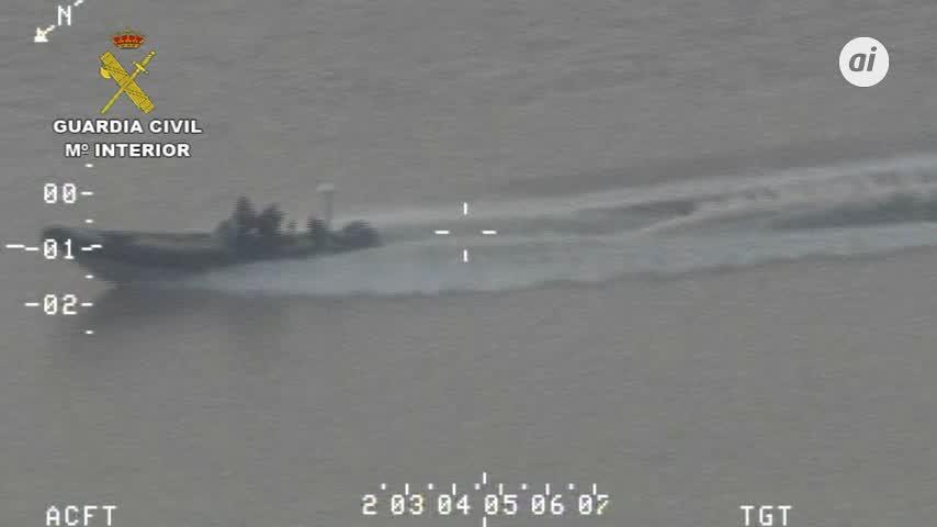 La Guardia Civil incauta en el río Guadalquivir 6 toneladas hachís