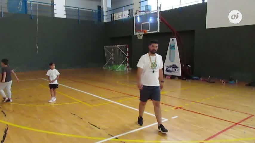El Adesa 80 de baloncesto clausuró la Escuela de Invierno
