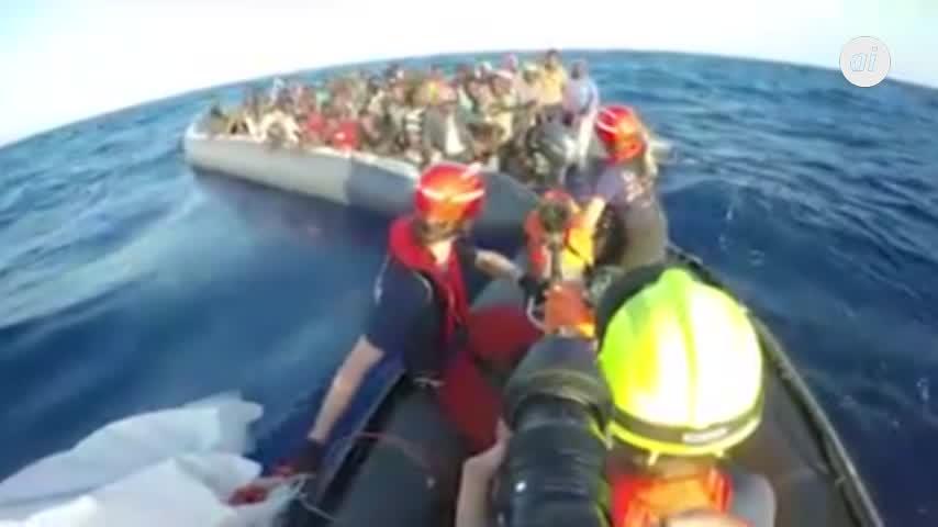 Salvini niega la entrada a otro barco con 224 inmigrantes