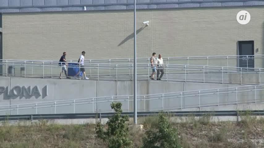 Salen de prisión los 5 miembros de la Manada tras pagar las fianzas