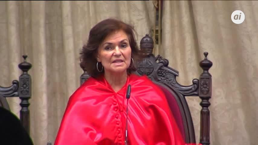 "Calvo: ""Las mujeres hoy nos sentimos perplejas e inseguras"""
