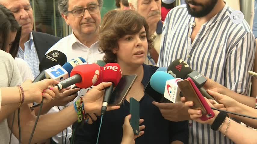 Santamaría afea a Sánchez concesiones graciosas al acercar a políticos