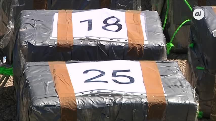 Tres detenidos en un velero cargado de cocaína con destino a España