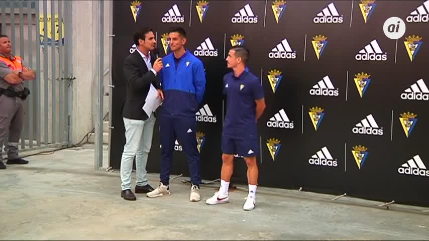 Conoce las nuevas camisetas del Cádiz CF