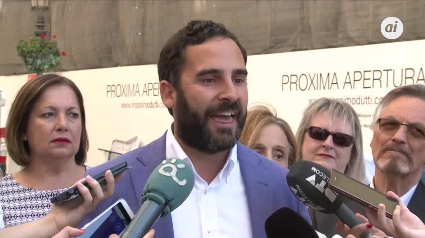 """PSOE pide relanzar la Feria y critica al PP por """"dejarla morir"""""""