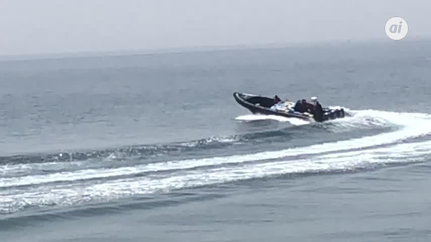 Detectan lancha cargada de bultos en la zona marítima de La Atunara