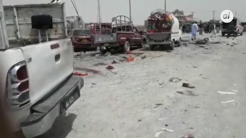 31 muertos en un atentado cerca de un colegio electoral en Pakistán