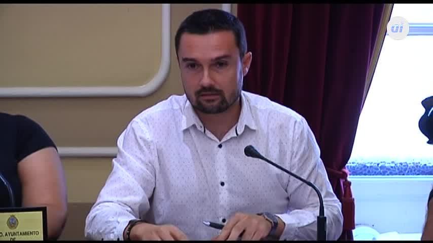 Cádiz retirará 80 símbolos franquistas de fincas privadas