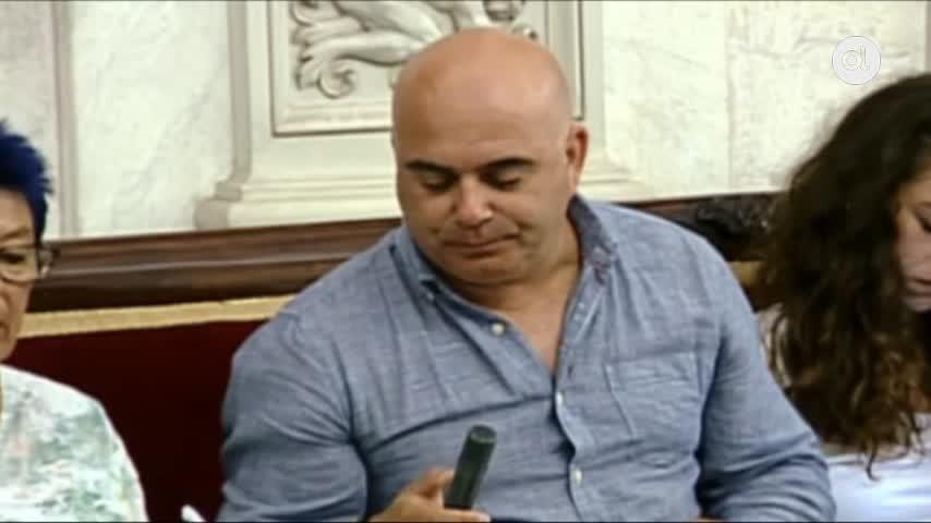 """Navarro lamenta que Cs y PP """"bloqueen la venta del hotel del Estadio"""""""
