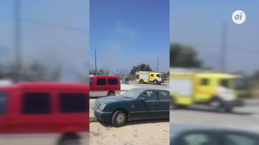 Fuego en la Casería, una de las zonas más descuidadas de La Isla