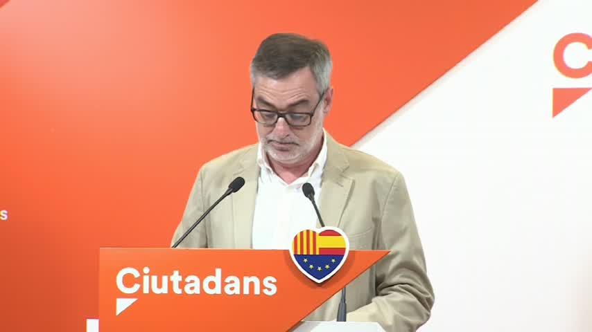 """Cs ve """"bipartidismo decadente"""" en la reunión de Sánchez y Casado"""