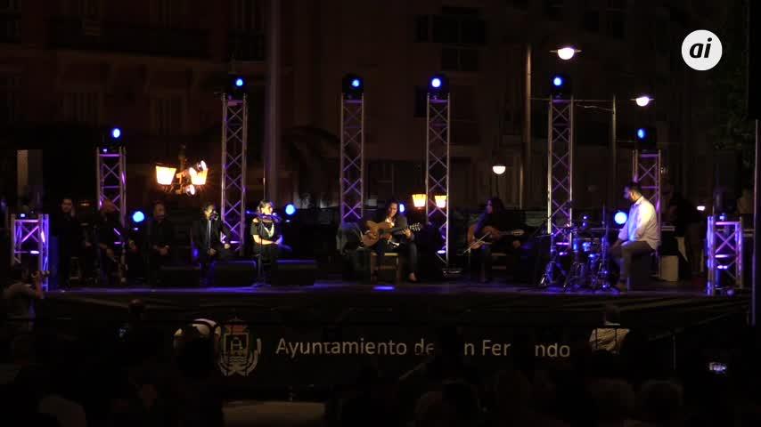 Tomatito brinda al cielo un concierto intenso en el corazón de La Isla
