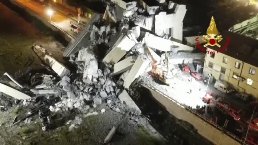 La Policía rebaja a 38 la cifra de fallecidos en el puente de Génova