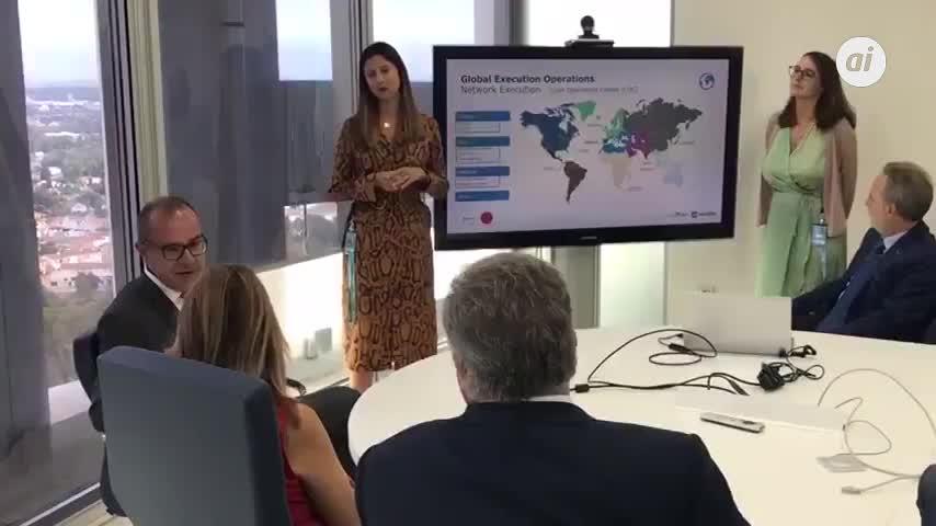 "Díaz reivindica el ""talento andaluz"" para atraer empresas e inversión"