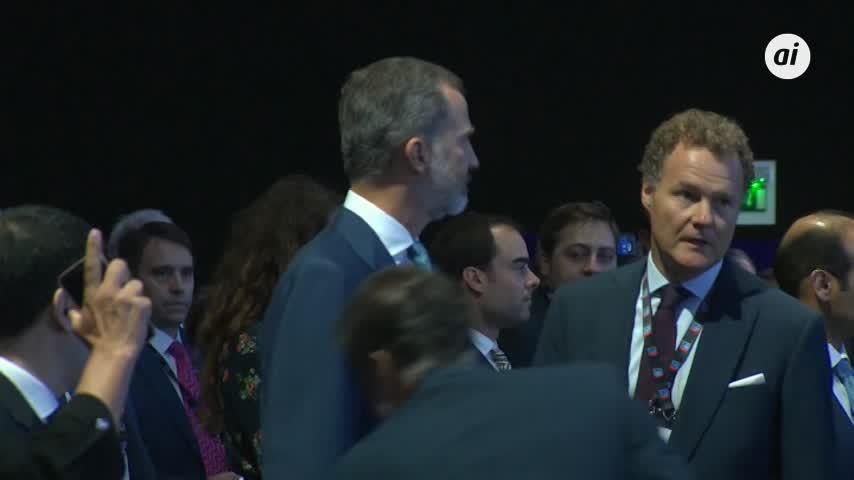 El rey inaugura el salón Gastech sin representantes de la Generalitat