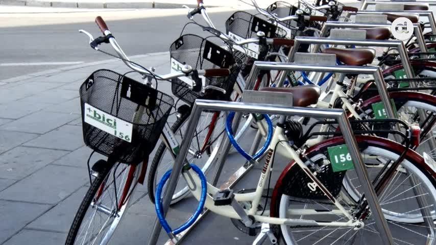 Jerez inaugura un punto de préstamo de bicicletas