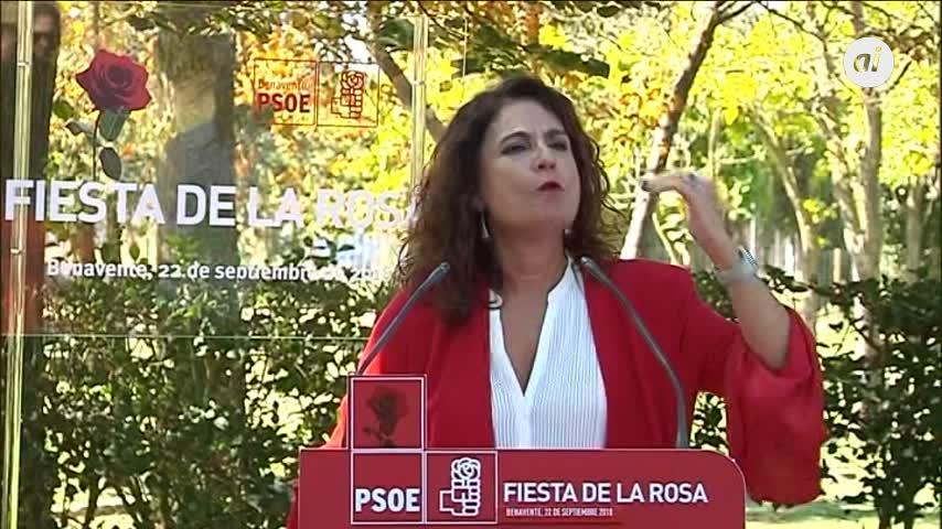 """Montero acusa a Casado de """"pavonearse"""" y le pide que dimita"""
